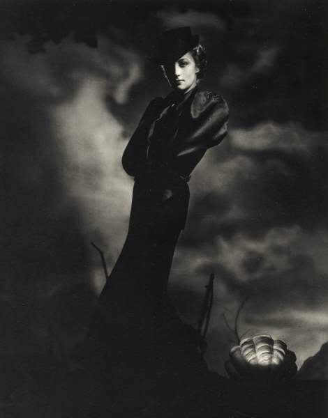 Horst P. Horst, Dress by Mainbocher, 1936